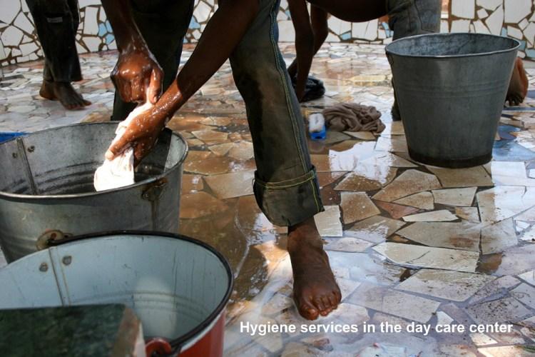 Services d'hygiène au centre d'accueil de jour