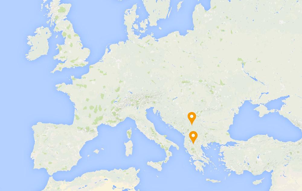 <b> Aide d'urgence </b>  et protection pour les <b> enfants réfugiés vulnérables </b> et leurs familles dans le sud-est de l'Europe