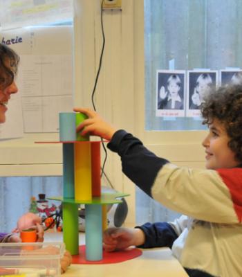 <b>La Fondation UEFA pour l'enfance</b> soutient la <b>Journée mondiale de sensibilisation à l'autisme</b>