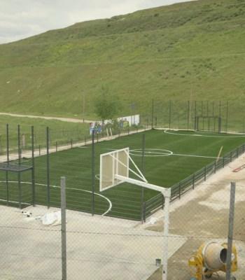 La Fondation UEFA et FedEx inaugurent un terrain à destination des communautés locales à Madrid