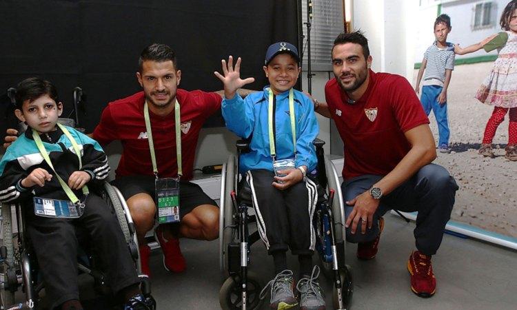La Fondation UEFA pour l'enfance soutien Handicap International à l'occasion de la UEFA Super Coupe 2016 à Trondheim