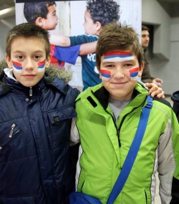 Enfants de Belgrade à l'EURO de Futsal de l'UEFA 2016 en Serbie
