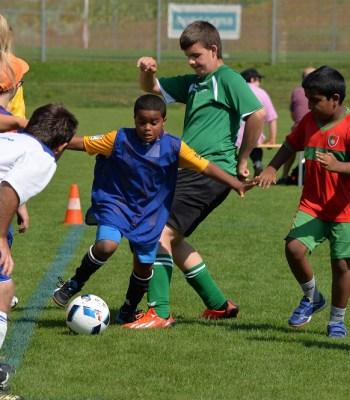 La Fondation UEFA pour l'enfance et l'Association suisse de football s'engagent avec PluSport