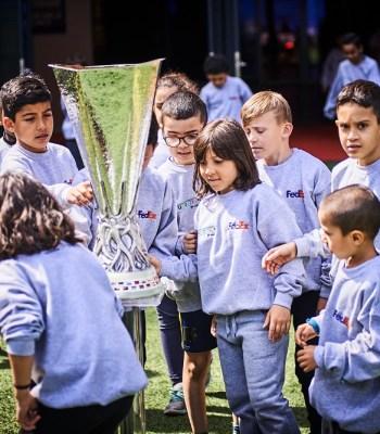 <b>Un rêve devenu réalité</b> pour des petits lyonnais pendant la finale de l'UEFA Europa League