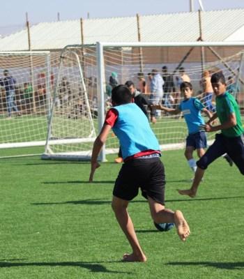 La Tournée du trophée de l'UEFA Europa League, conduite par Kia, permettra de collecter des chaussures de football pour les réfugiés.
