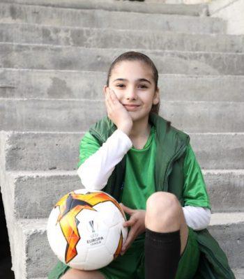 Finale 2019 de l'UEFA Europa League à Bakou : les joueurs entreront sur le terrain accompagnés exclusivement par des filles