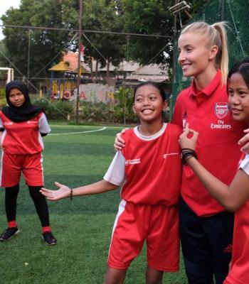 La Fondation Arsenal viennent en aide à des enfants en Indonésie