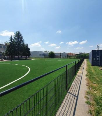 La Fondation UEFA pour l'enfance soutient le don d'un terrain par Gazprom en Serbie