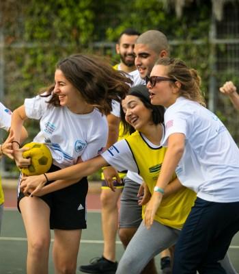 Le sport au service de la paix : jouer fair-play pour la paix