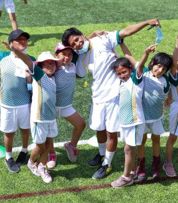 Des camps de football pour s'amuser entre amis